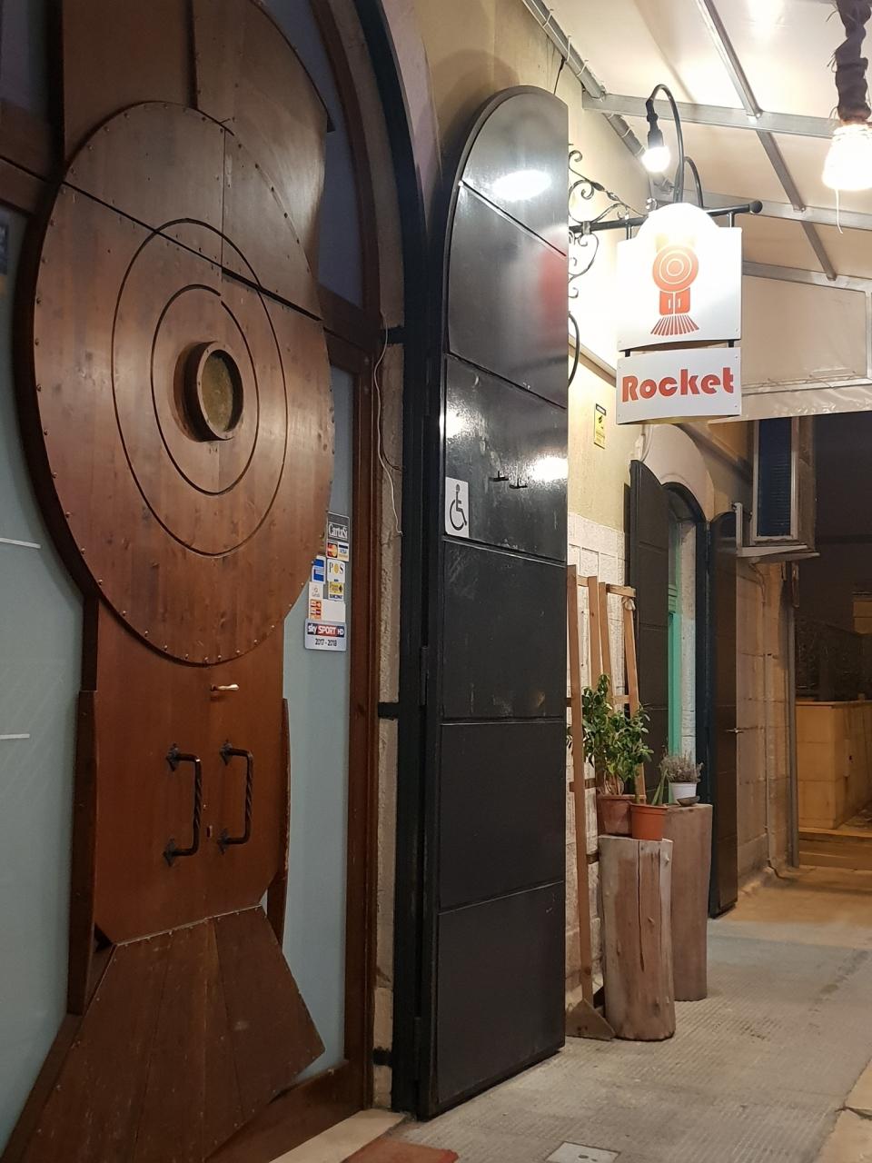 Pub a Giovinazzo Rif. 10158434
