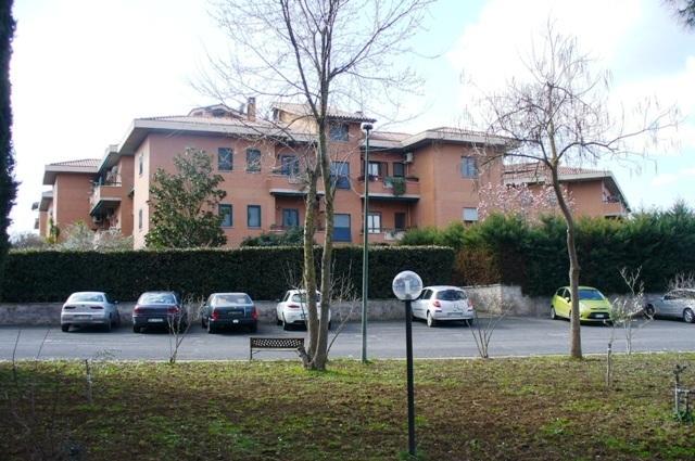 Villetta a schiera da ristrutturare in vendita Rif. 11034257