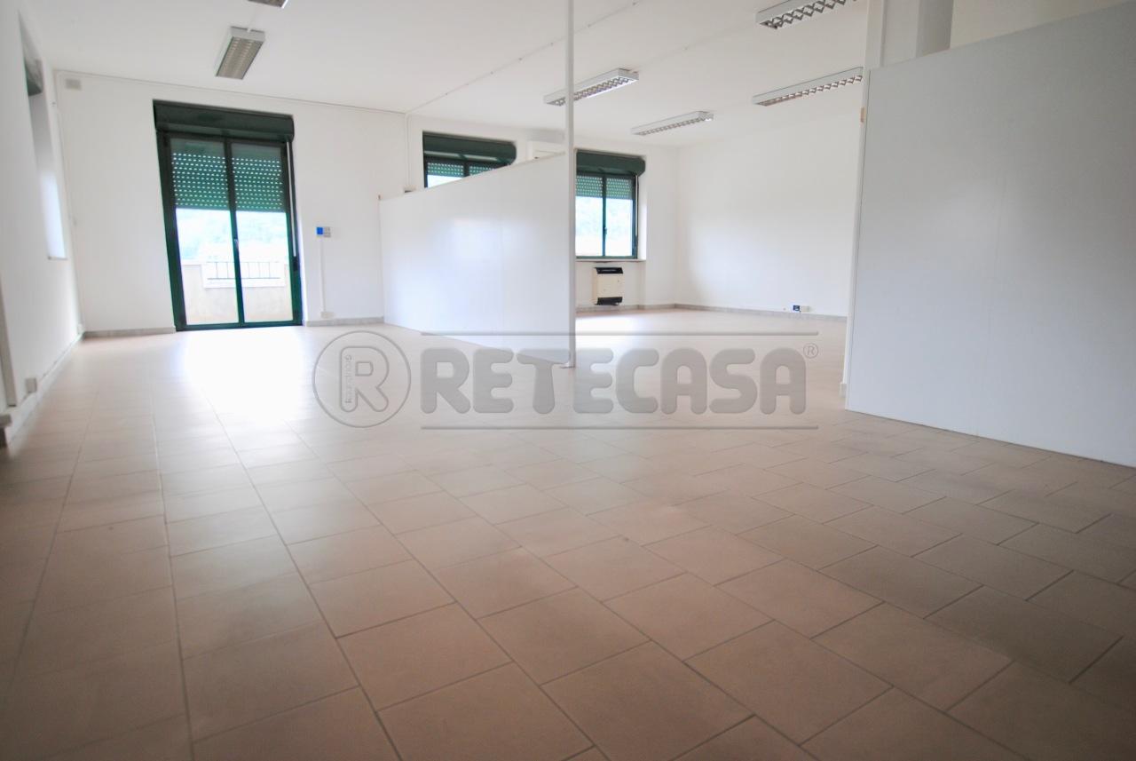Laboratorio a Castelgomberto Rif. 11173685