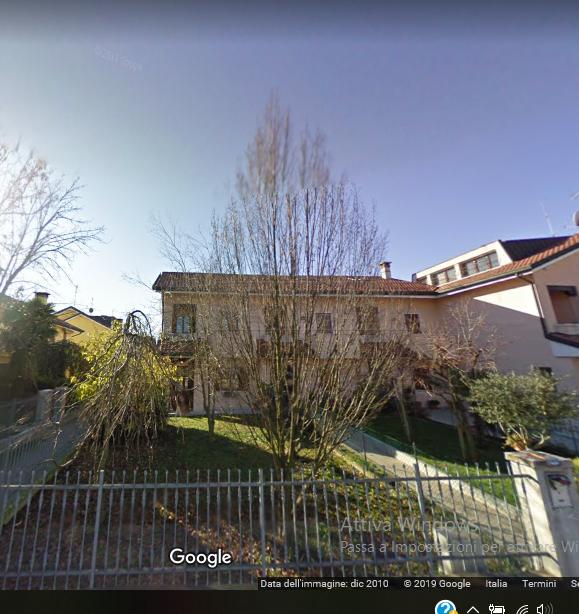 Porzione di casa da ristrutturare in vendita Rif. 10694878