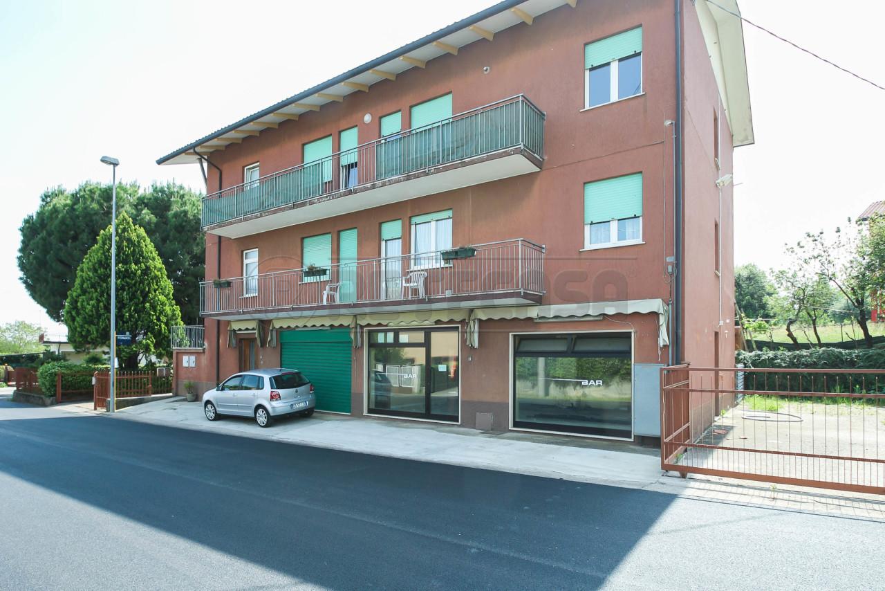 Casa Indipendente ristrutturato in vendita Rif. 10499217