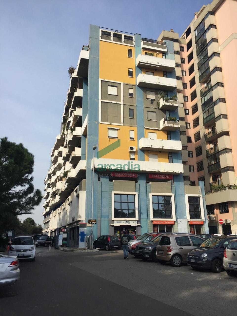 Ufficio - oltre pentalocale a Poggiofranco, Bari Rif. 10424630