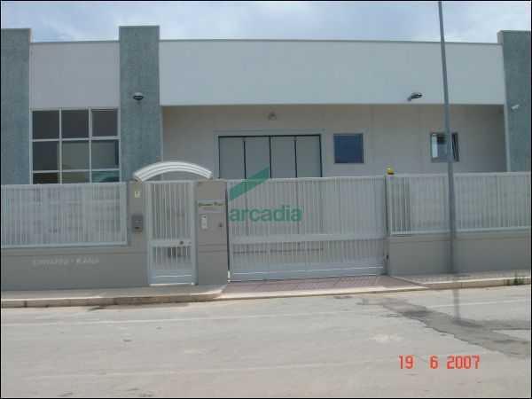 Capannone - Artigianale a Santa Caterina, Bari Rif. 10090704