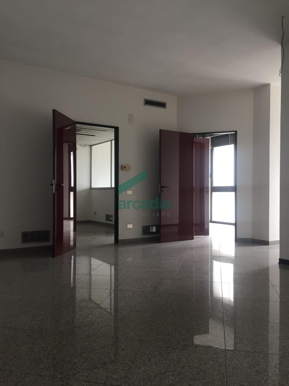 Ufficio - oltre pentalocale a San Pasquale, Bari Rif. 10466002