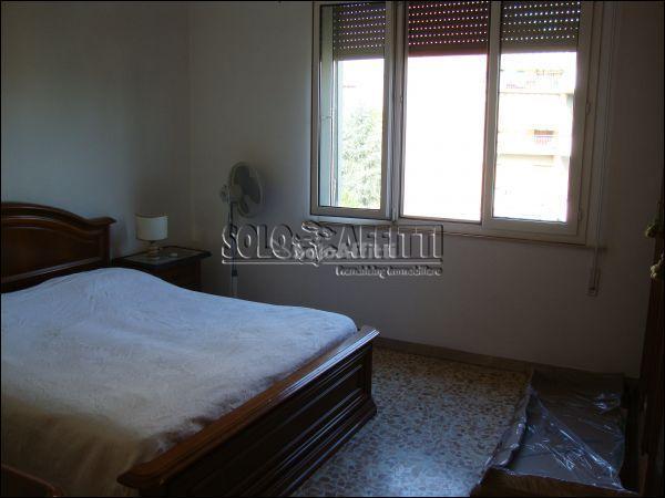 Stanza / posto letto in buone condizioni arredato in affitto Rif. 7779283