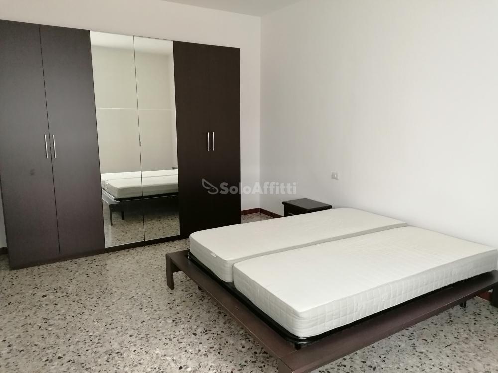 camera da letto (2).jpg