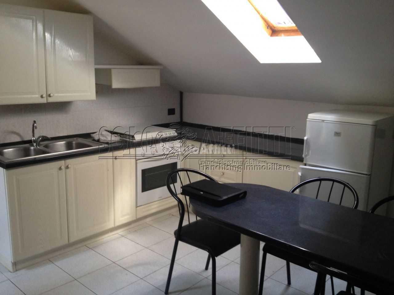 Appartamento in affitto a Saronno, 2 locali, prezzo € 400   PortaleAgenzieImmobiliari.it