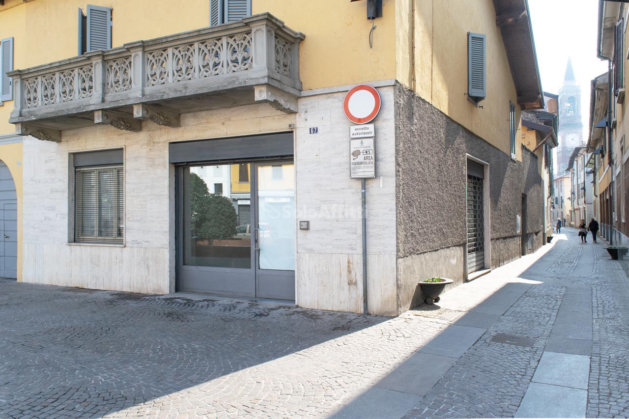 Negozio / Locale in affitto a Mariano Comense, 2 locali, prezzo € 600 | PortaleAgenzieImmobiliari.it