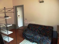 Bilocale in Affitto a Arezzo, zona Centro Storico, 400€, 30 m², arredato