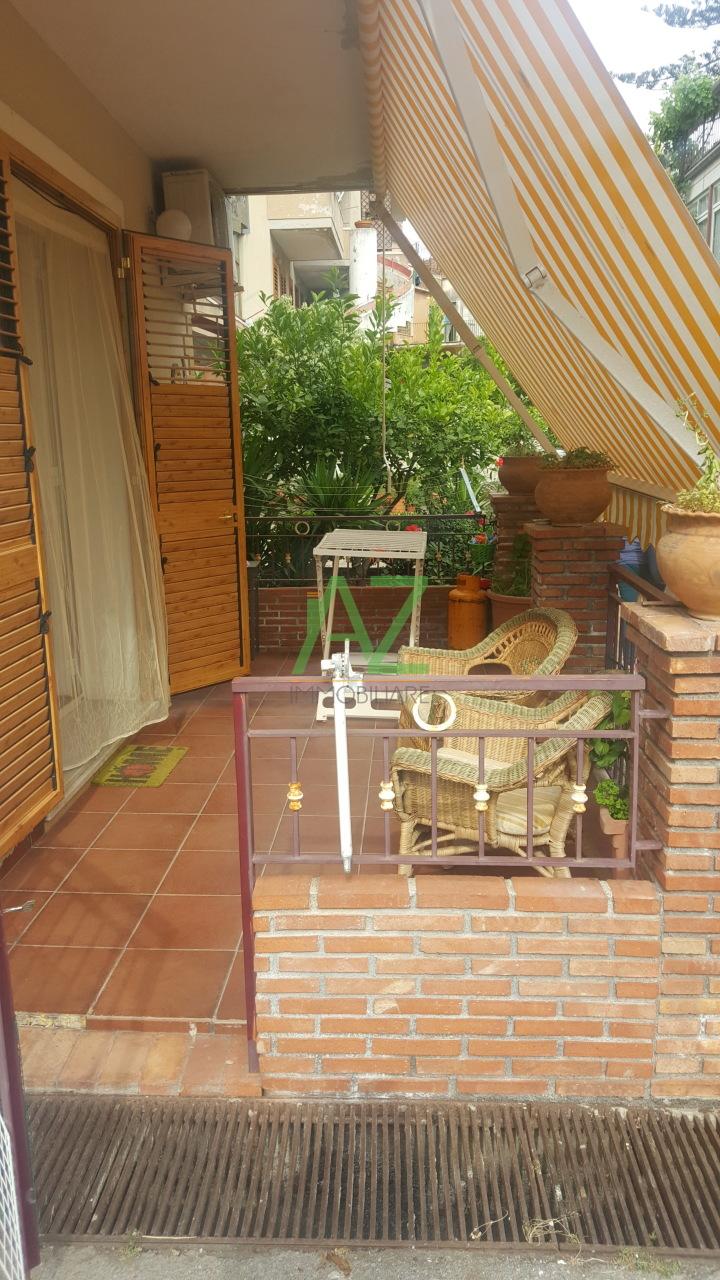 Appartamento in ottime condizioni arredato in vendita Rif. 10748800