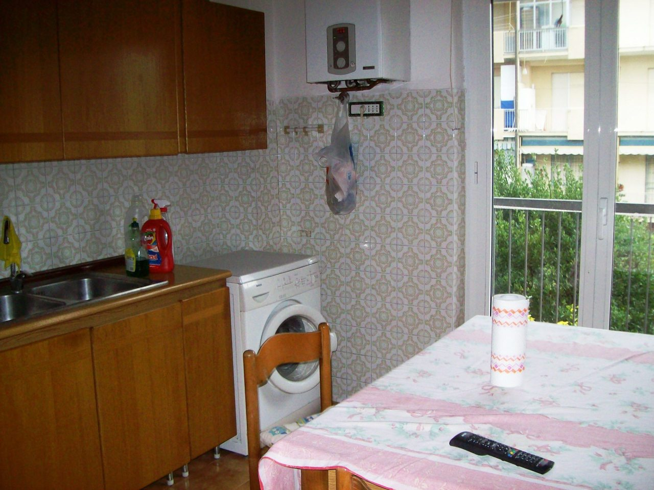 Appartamento in vendita a Sarzana, 4 locali, prezzo € 165.000   CambioCasa.it