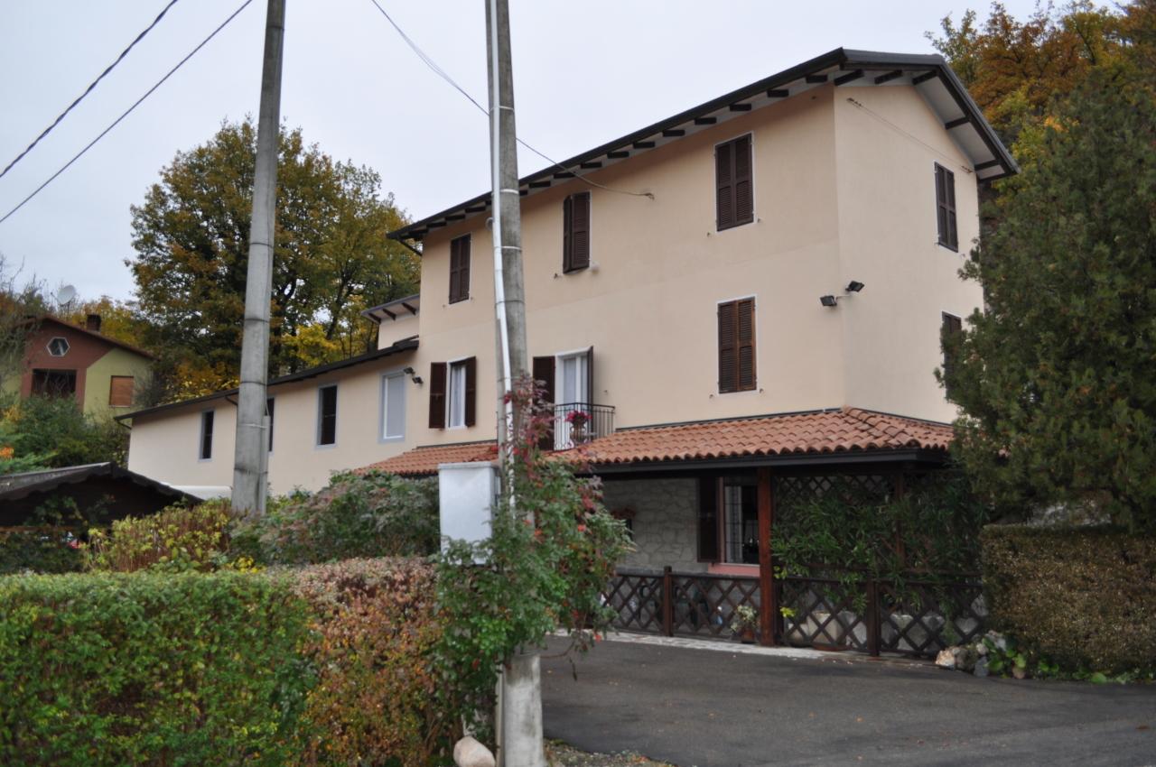 Villetta a schiera arredato in vendita Rif. 6275077