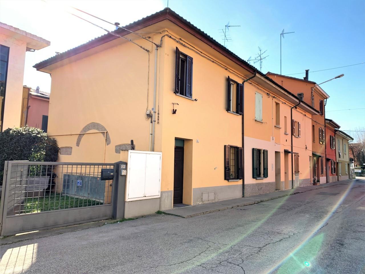Villa ristrutturato in vendita Rif. 9605575