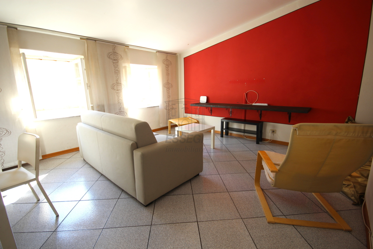 Appartamento Lucca Centro storico IA01721-bis img 2