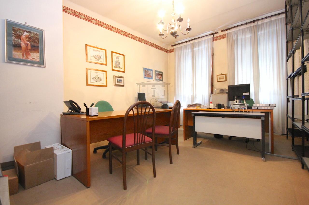 Appartamento Lucca Centro storico IA01577-bis img 2