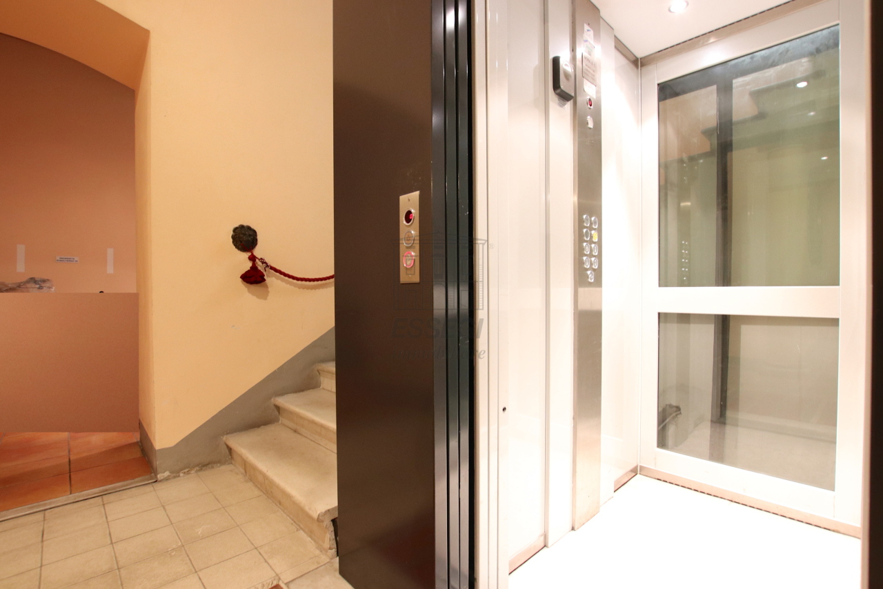 Appartamento Lucca Centro storico IA03540 img 19
