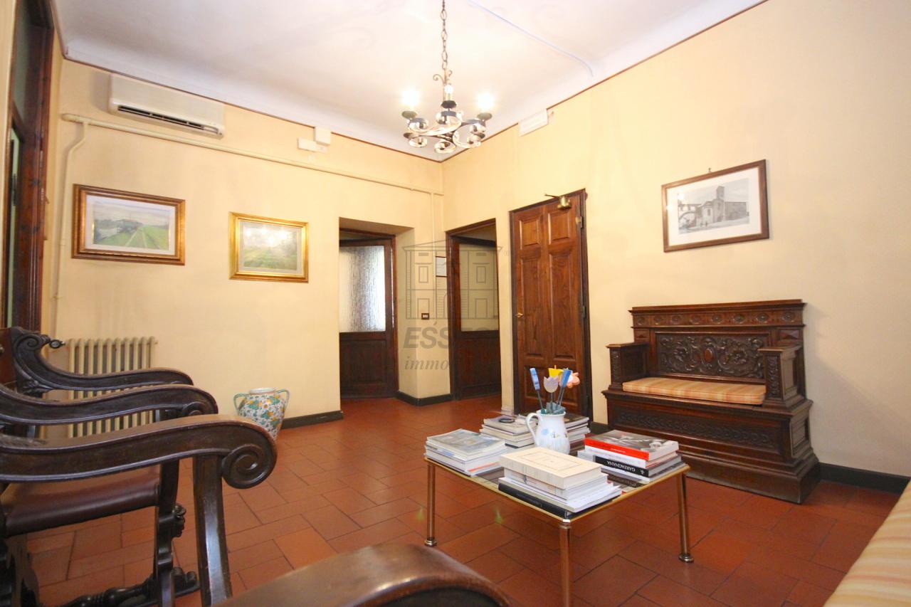 Appartamento Lucca Centro storico IA01577-bis img 6