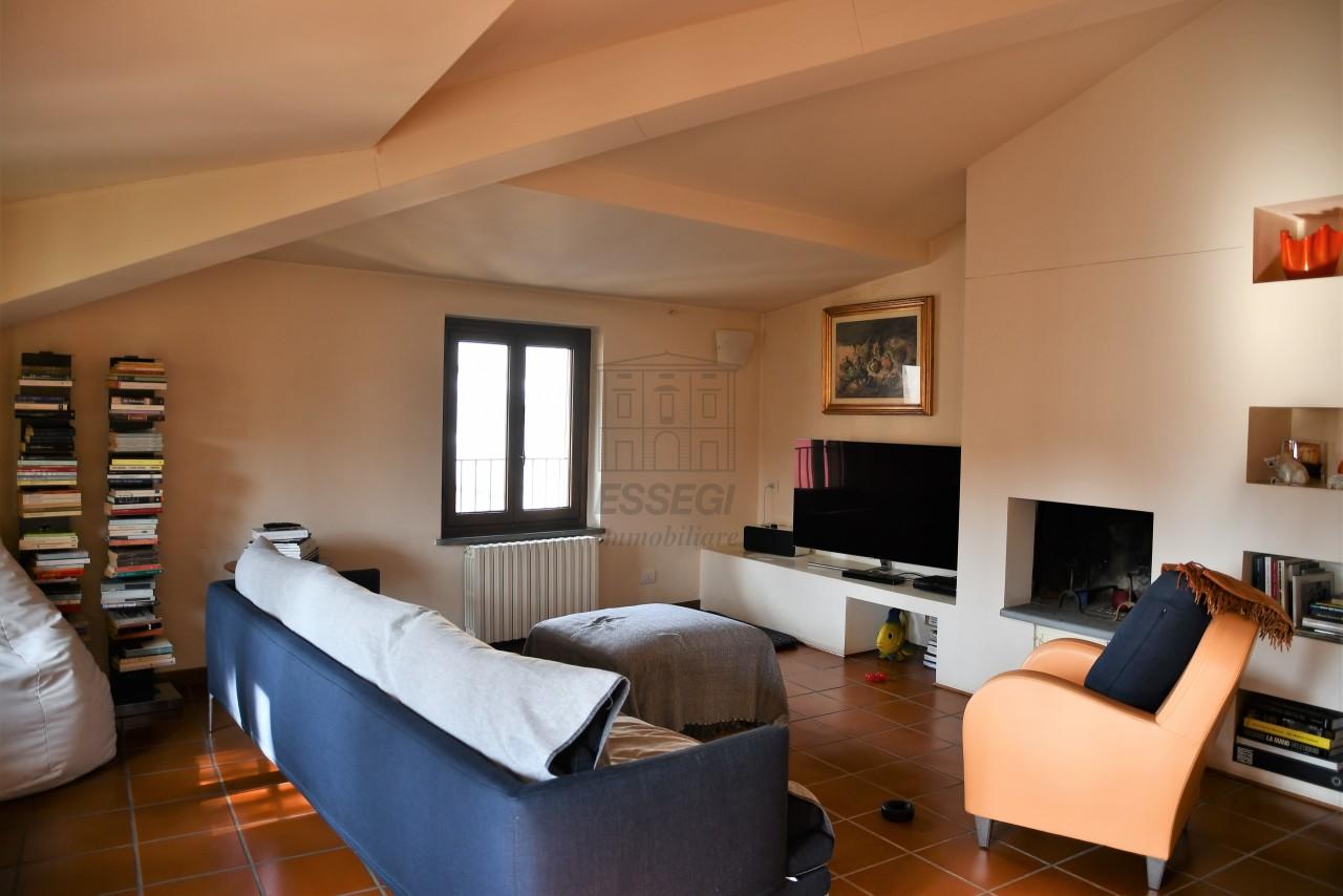 Appartamento Lucca Centro storico IA00193-bis img 4
