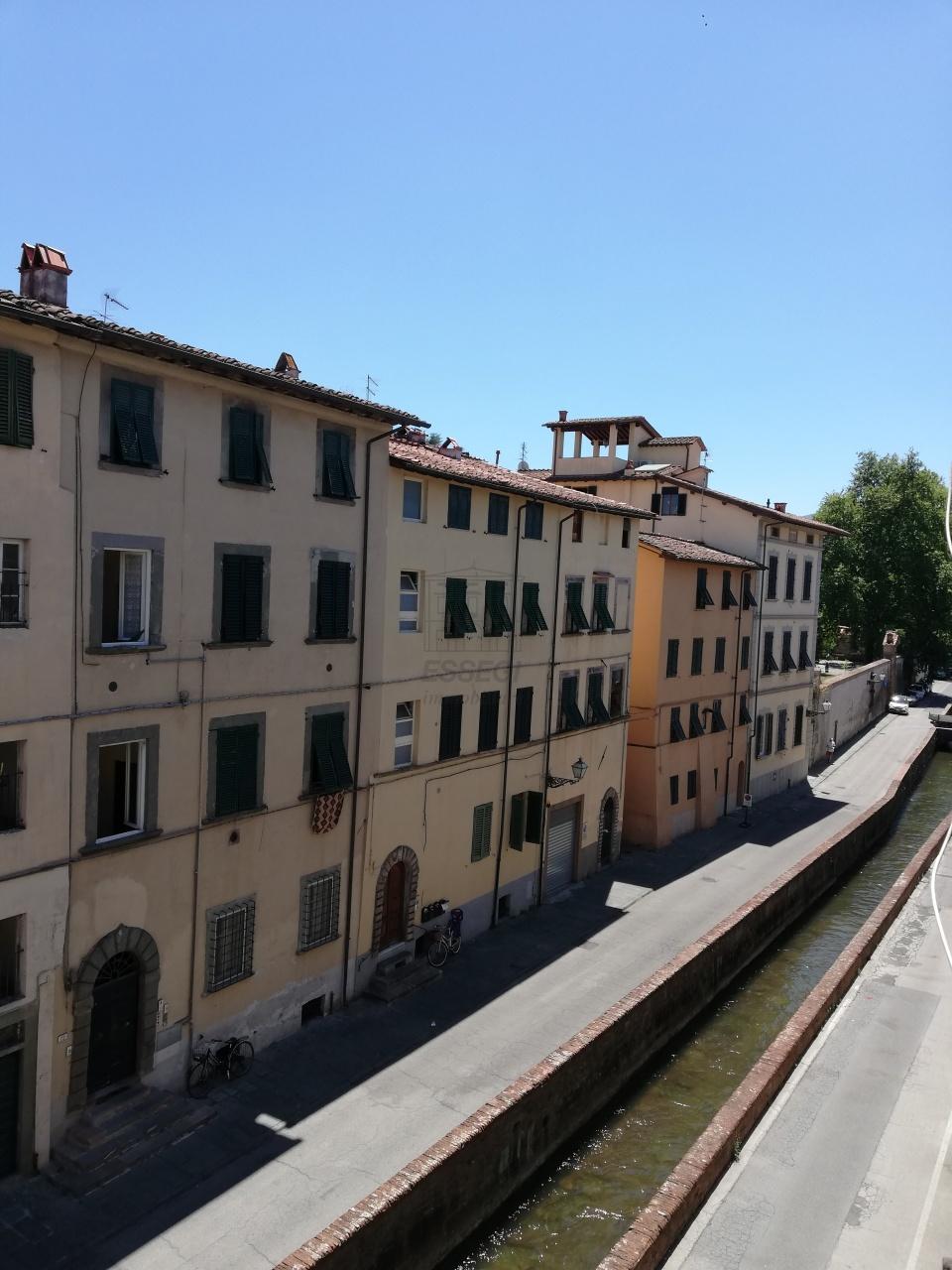 Appartamento Lucca Centro storico IA01844 img 17