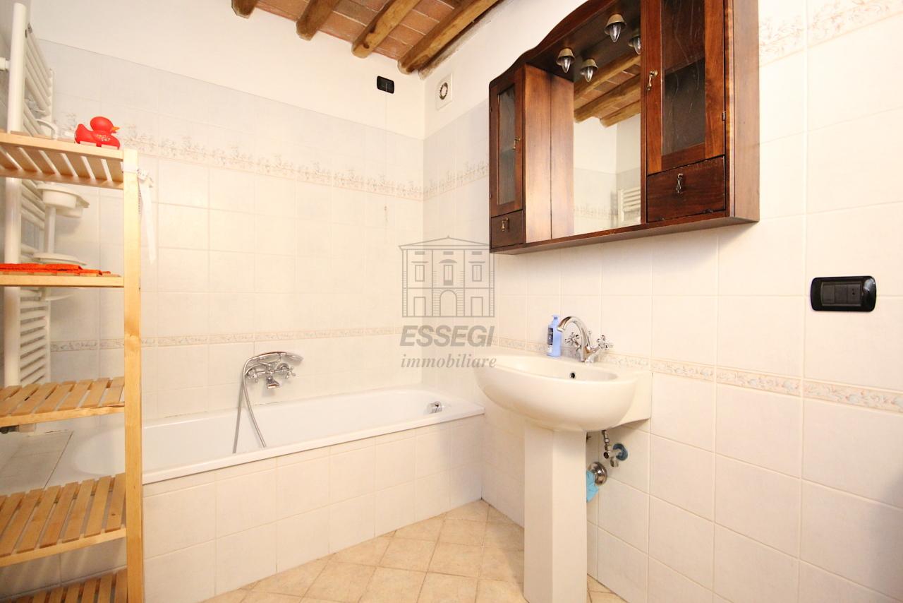 Appartamento Lucca Centro storico IA03483 img 9
