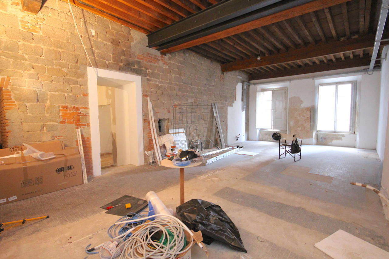 Appartamento Lucca Centro storico IA03452 img 17
