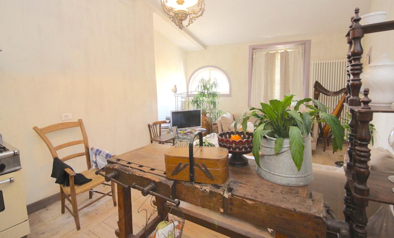 Appartamento Lucca Centro storico IA02850 img 7
