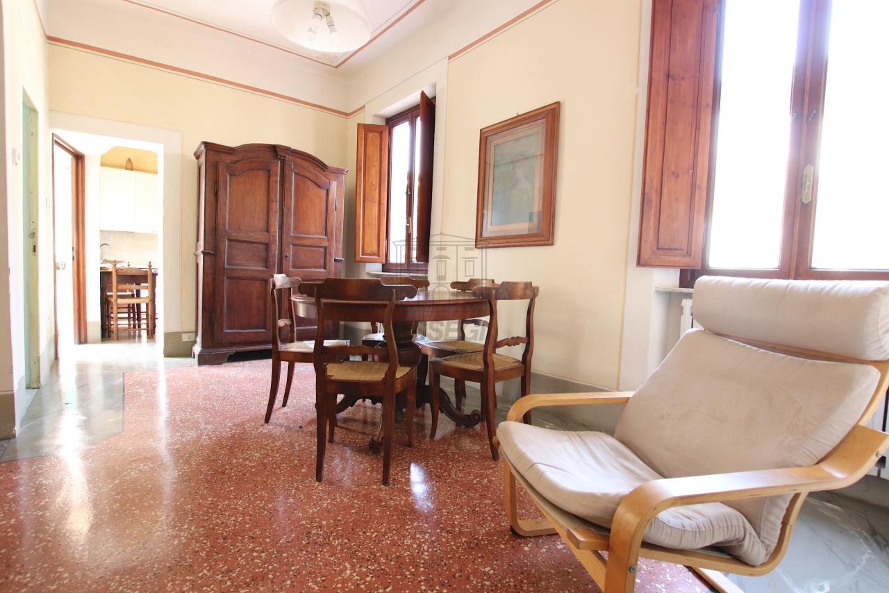 Appartamento Lucca Centro storico IA01764 img 3