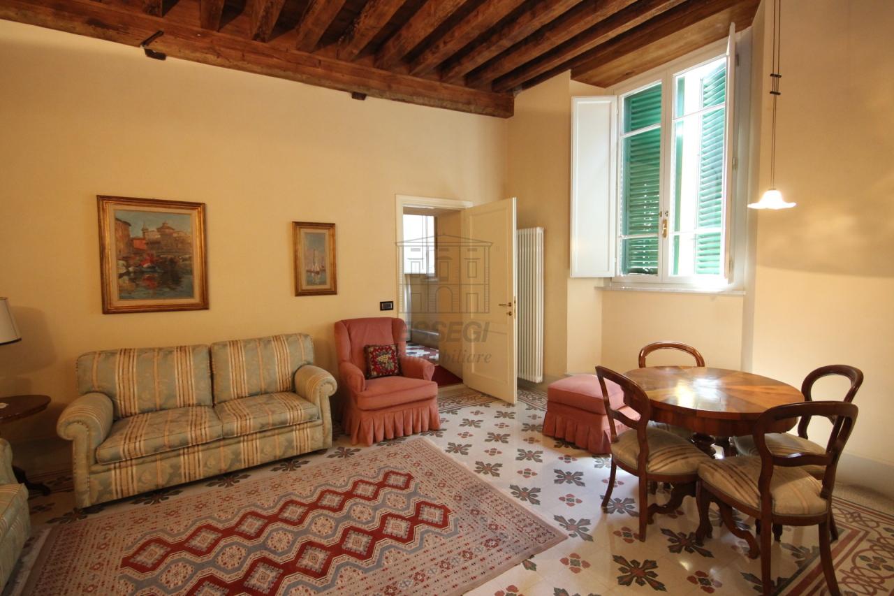 Appartamento Lucca Centro storico IA02785 img 5