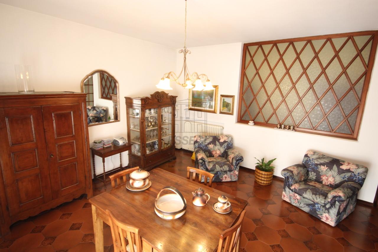 Villa divisa in due unità Capannori Lunata IA01745 img 10