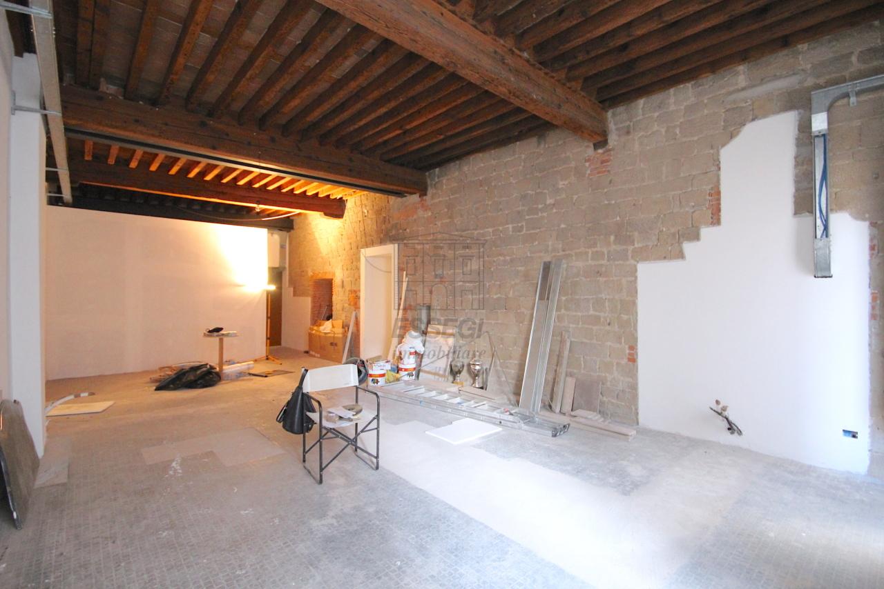 Appartamento Lucca Centro storico IA03452 img 13