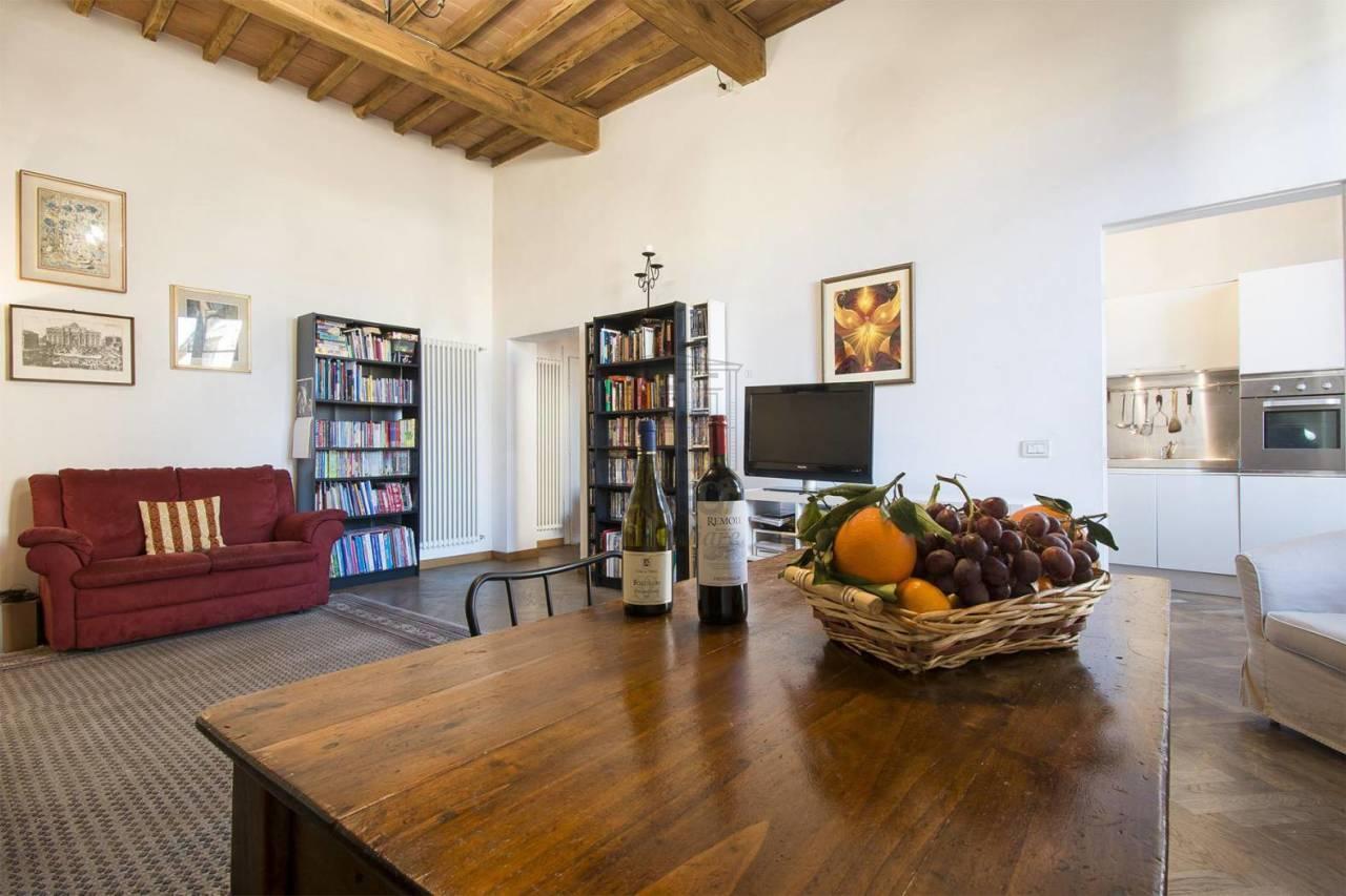 Appartamento Lucca Centro storico IA03467 img 10