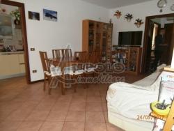 Quadrilocale in Vendita a Rovigo, zona CENTRO-QUARTIERI , 75'000€, 80 m²