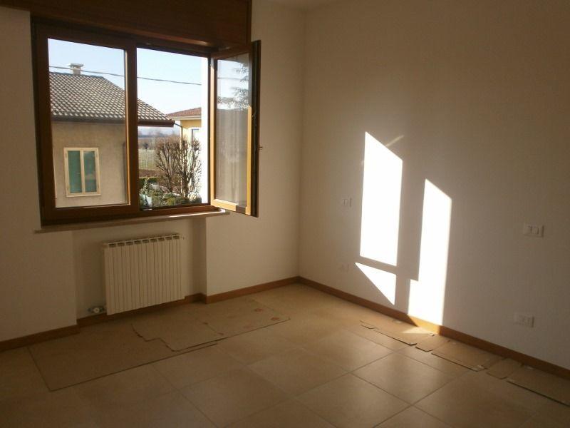 Appartamento in affitto a Sarego, 5 locali, prezzo € 500 | CambioCasa.it