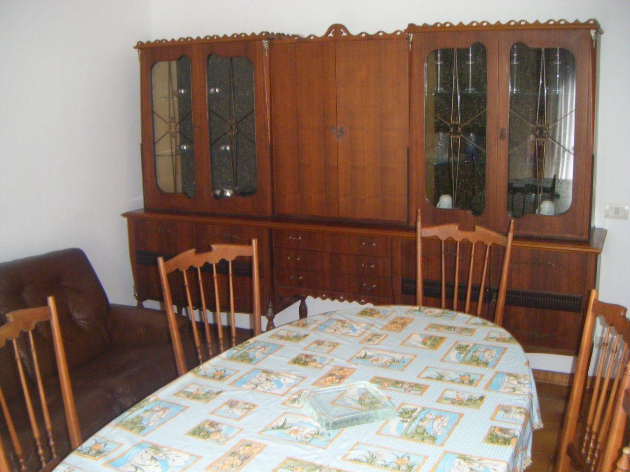 Appartamento in affitto a Quarrata, 3 locali, prezzo € 800 | CambioCasa.it