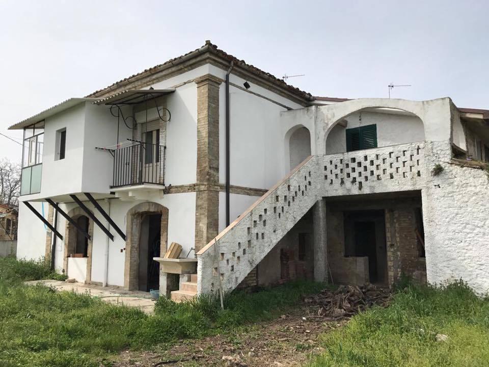 Rustico / Casale in vendita Rif. 4151595