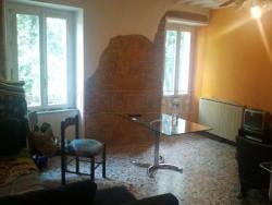 Trilocale in Vendita a Perugia, zona Porta pesa, 72'000€, 80 m², arredato