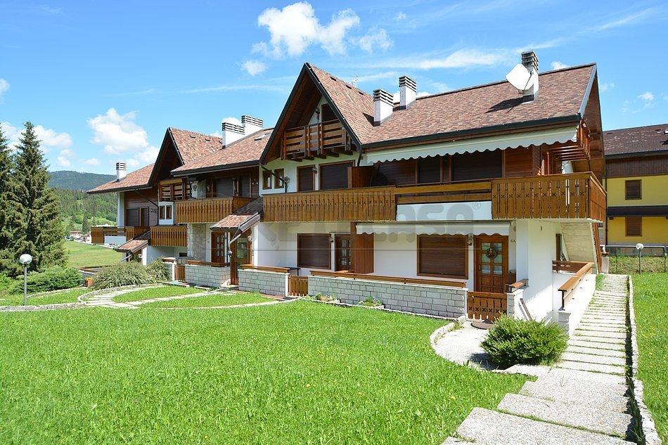 Appartamento in vendita a Gallio, 4 locali, prezzo € 200.000 | CambioCasa.it