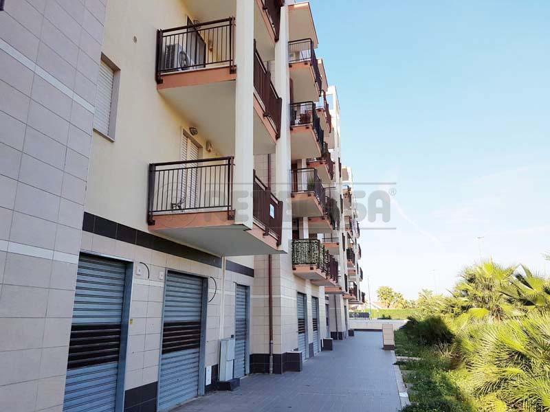 Negozio / Locale in vendita a Bisceglie, 9999 locali, prezzo € 1.600 | CambioCasa.it