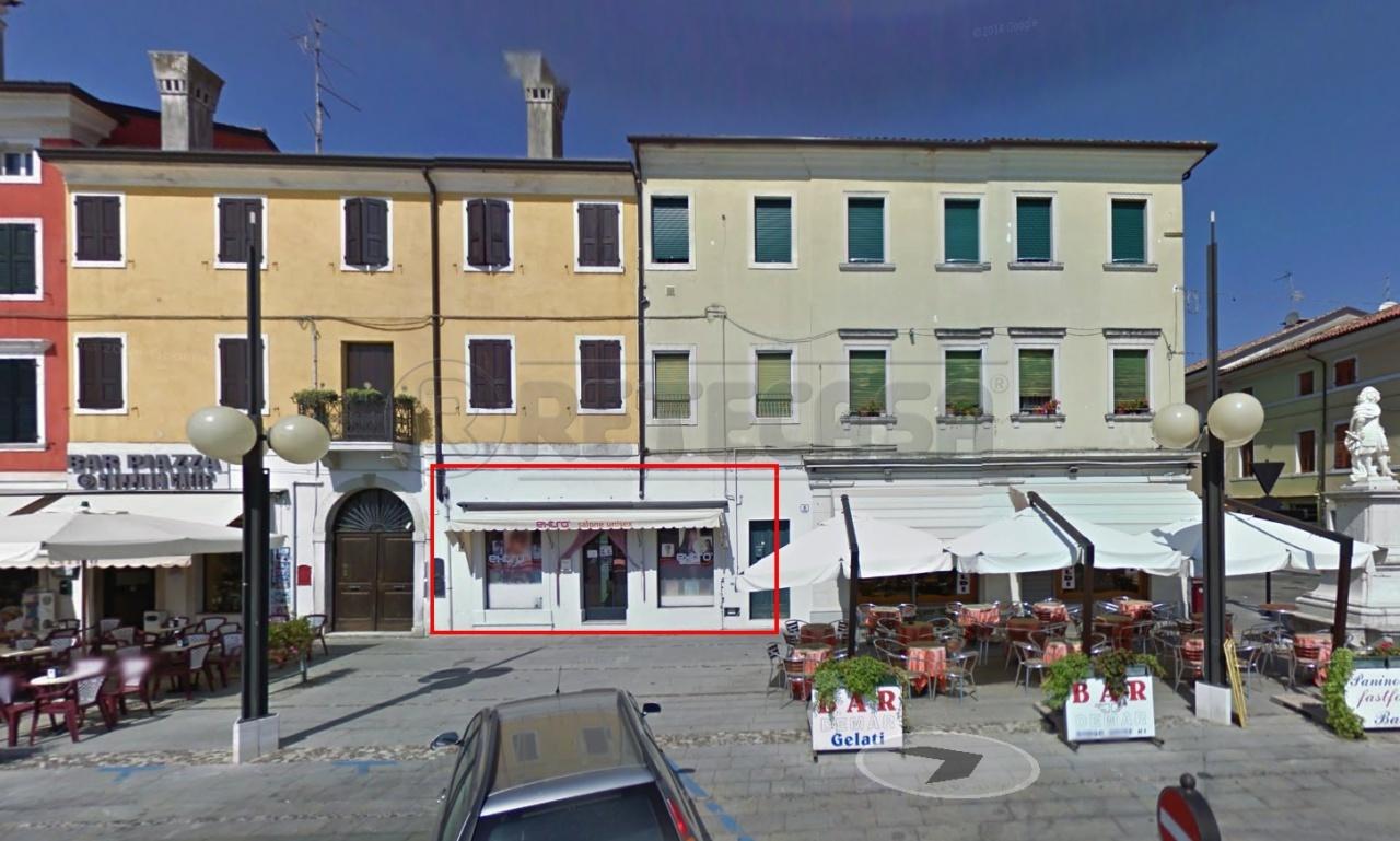 Negozio / Locale in affitto a Palmanova, 1 locali, prezzo € 590 | CambioCasa.it