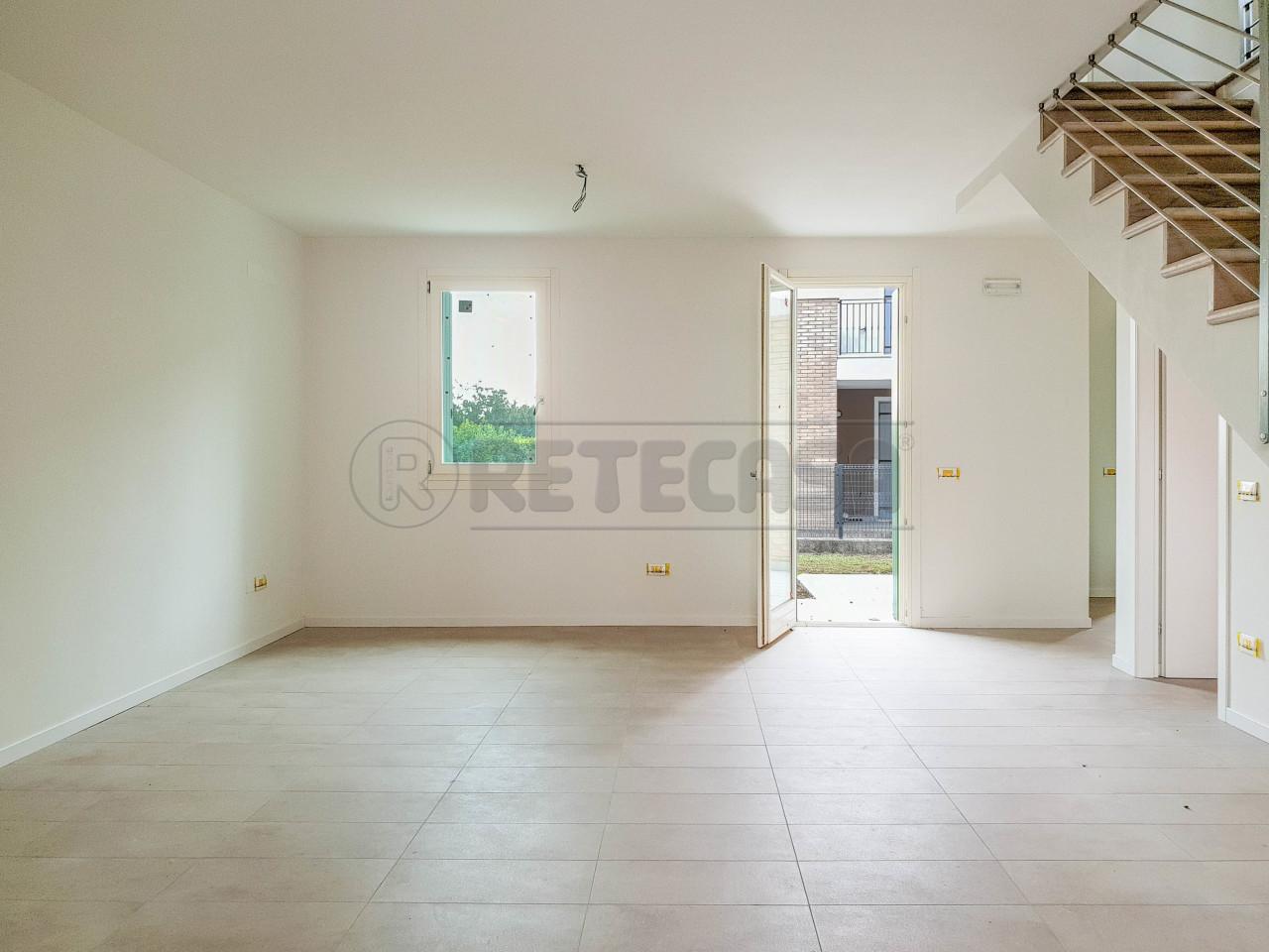 Villetta a schiera in vendita Rif. 10781103