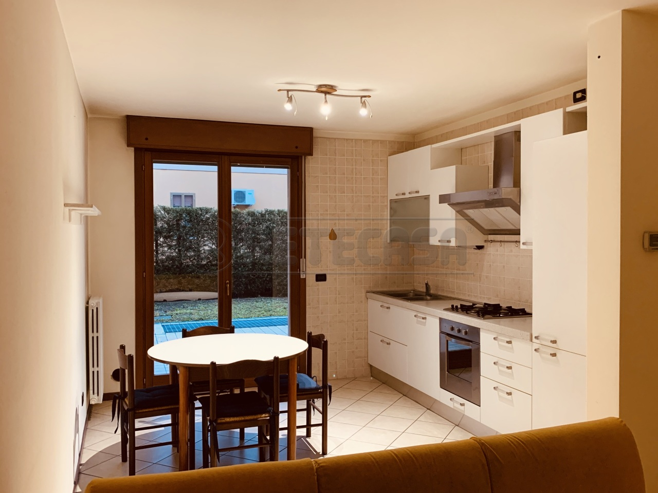 Appartamento in ottime condizioni in vendita Rif. 11418802