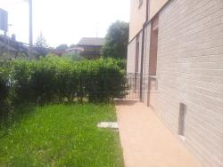 Trilocale in Vendita a Seriate, 139'000€, 90 m², con Box