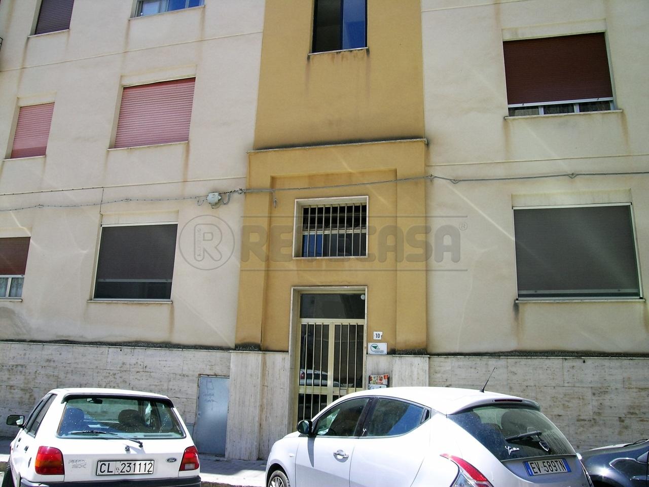 Appartamento in affitto a Caltanissetta, 5 locali, prezzo € 160 | CambioCasa.it