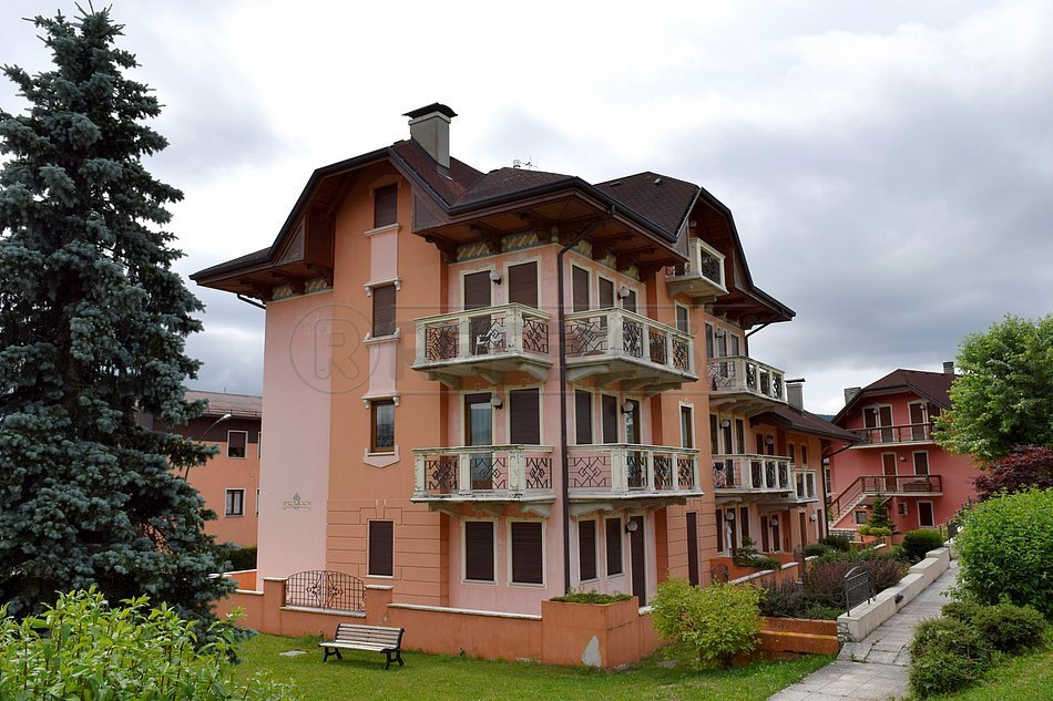 Appartamento in vendita a Asiago, 4 locali, prezzo € 470.000 | CambioCasa.it