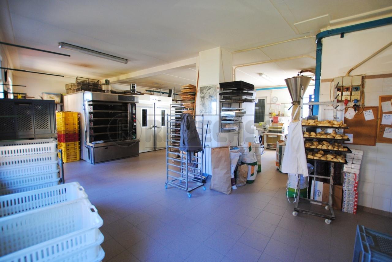 Laboratorio in vendita a Cornedo Vicentino, 4 locali, prezzo € 50.000 | CambioCasa.it