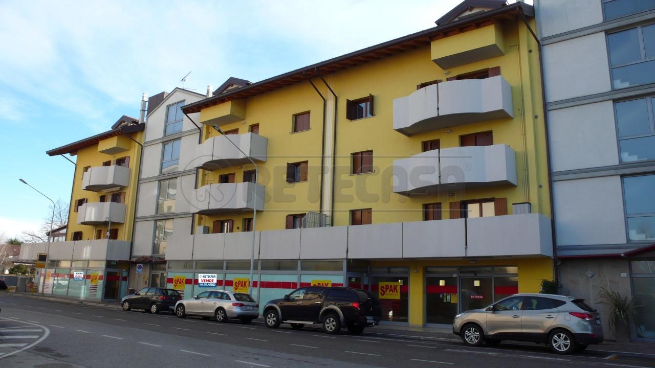 Negozio / Locale in vendita a Udine, 3 locali, prezzo € 491.000   CambioCasa.it