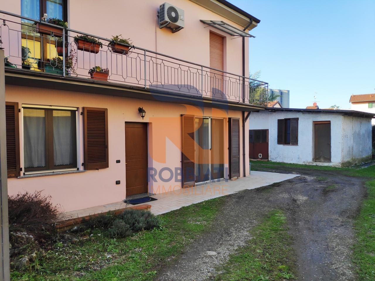 Appartamento in vendita a San Martino Siccomario, 4 locali, prezzo € 155.000 | PortaleAgenzieImmobiliari.it