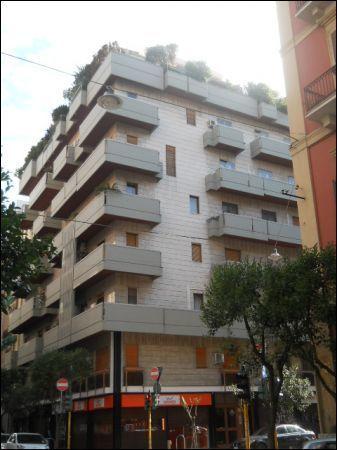 Appartamento in buone condizioni in affitto Rif. 10994361