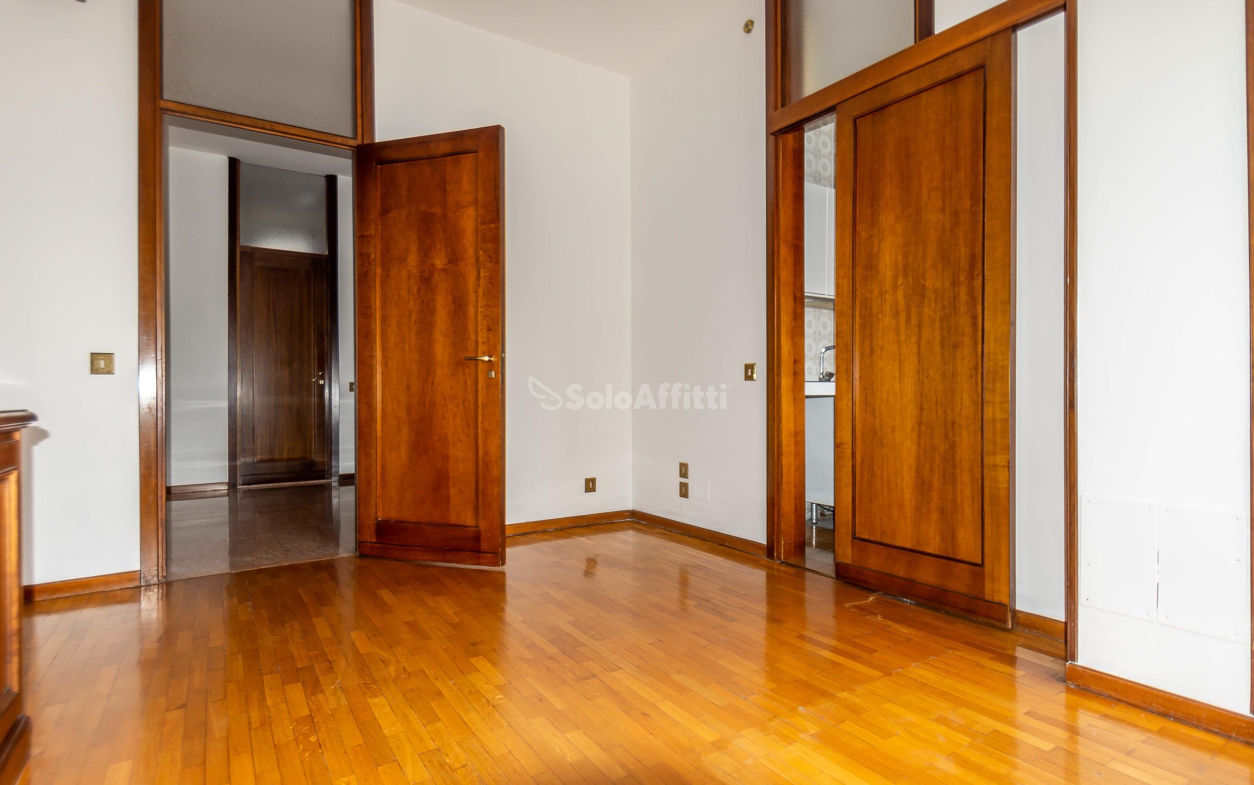 Appartamento Trilocale 6 vani 110 mq.