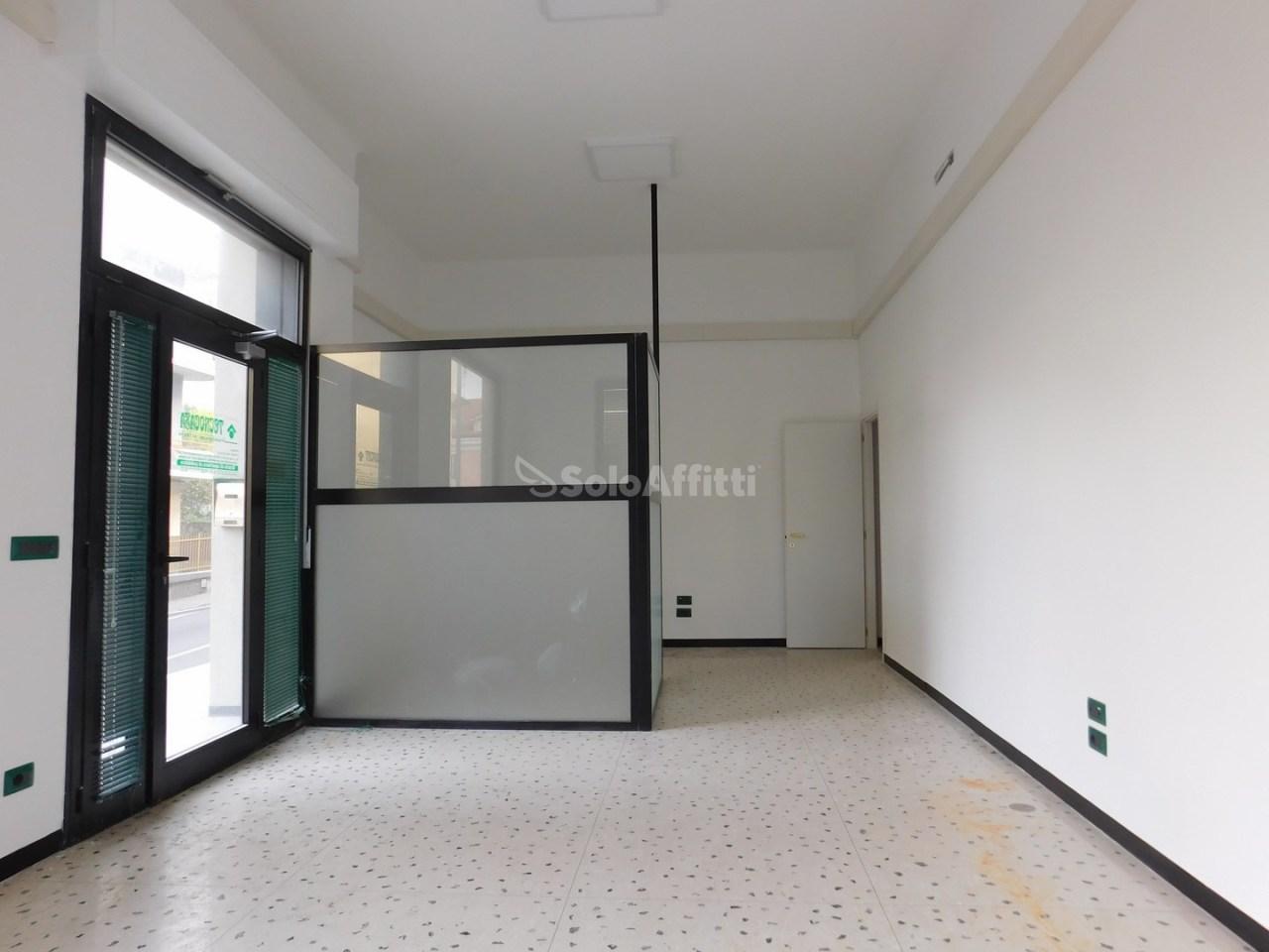 Negozio / Locale in affitto a Celle Ligure, 3 locali, prezzo € 580 | PortaleAgenzieImmobiliari.it